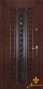 Двері з листям