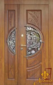 Двері з квітами
